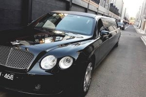 Black Bentley Limo Small